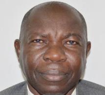 """Pr. Moussa Diaw: """"Avec la suppression du poste de Premier ministre, on change complètement de régime politique"""""""