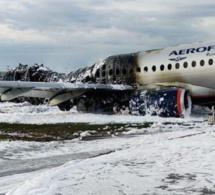 En Russie, 41 morts dans l'atterrissage d'urgence d'un avion à Moscou