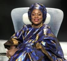 """La journaliste de la TFM, Fatou Kiné Dème bien habillée en mode """"THIOUP"""" dans Q.G"""
