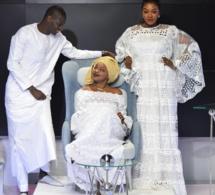 QUAND L'ÉLÉGANCE ET LA NATURALITÉ répondent à Aissatou Paye Fall de la TFM , hyper classe et ravissante  avec sa tenue au blanc