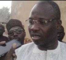 """VIDEO - Kaolack : Le collectif des commerçants favorables à """"Auchan"""" fusille Mohamed Ndiaye Rahma"""