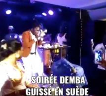SUEDE: Live Demba Guissé chauffe les Suédois. REGARDEZ