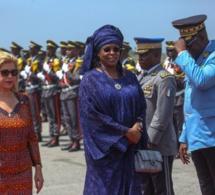 Le Président de la République est arrivé à Abidjan, en compagnie de la Première Dame Marième Sall.