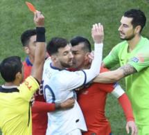 Copa America: Messi expulsé contre Chili (vidéo)