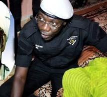 Histoire générale du Sénégal : Baye Mbaye MC « Thiatou » Baye Niass recadre sèchement Iba Der Thiam et appel à la manifestation