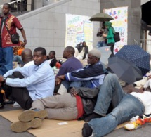 Espagne : Des Sénégalais menacés de perdre leurs cartes de séjour faute de passeports valides. Par Momar Dieng Diop