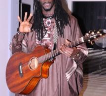 Direct de Paris: ALA 2018 : Carlou D explique son choix et chante Mbagnick Diop