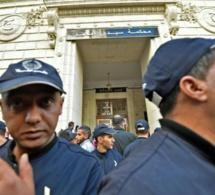 Algérie: le premier procès pour corruption d'anciens dirigeants s'ouvre à Alger