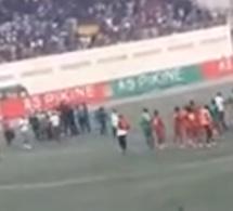 VIDÉO: Le match Asc Pikine Casasport vire à un incident.