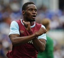 West Ham: Les fans réclament le retour de Diafra Sakho