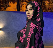 Diaba Sora la sulfureuse Kim Kardashian malienne a rangé toutes ses tenues sexy.