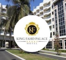 192 personnes maintenues au chômage: Les employés du King Fahd Palace en sit-in devant l'hôtel, dénoncent une mauvaise gestion...