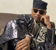 Sagnsé Tabaski 2020 : El Hadji Diouf impose son élégance et sa classe dans son grand boubou de « kilifeu »