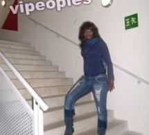 La danseuse Ndeye Gueye adopte le style hiver