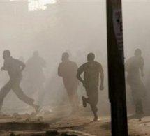Caserne Samba Dierry Diallo : Libéraux et Apéristes s'affrontent sous le regard complaisant des gendarmes