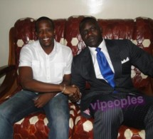 Le journaliste Youssou Gueye et Tyson