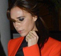 Victoria Beckham :elle s'affiche encore dans un modèle de sa collection !