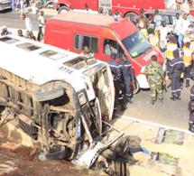Urgent : Croisement Cambérène : Un violent accident a fait des blessés graves.