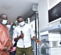 Relèvement du plateau médical: 54 appareils d'endoscopie réceptionnés par Abdoulaye Diouf Sarr