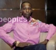 Cheikh Amar dégaine 50 millions FCfa pour la Grande mosquée de Tivaouane