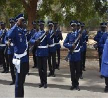 Ziguinchor-Kolda-Sédhiou: Jean Baptiste Tine, Haut Commandant de la Gendarmerie, passe en revue les troupes