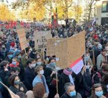 Manifestations contre la loi Sécurité globale: Darmanin révise le nombre de policiers blessés