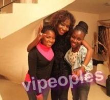 Voici les deux filles de Coumba Gawlo Seck. Reste à savoir si elles ont été adopté ou pas