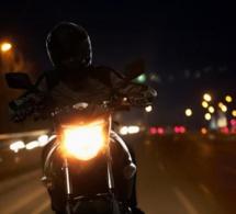 Couvre-feu à Thiès : un conducteur de moto arrêté pour blessure volontaire sur un agent de police