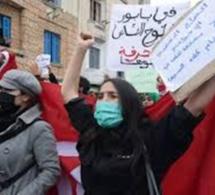 Tunisie : manifestations contre la répression et couvre-feu prolongé