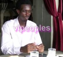 Aboubacar Sadikh Ndiaye, formateur en web 2.0 / Social Media, répond aux questions sur l'utilisation des applications sur Facebook