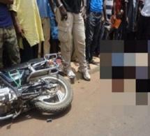 Fin tragique d'une fillette à Thiès : apprenant à conduire une moto Jakarta, elle décède heurtée par un véhicule