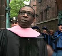 """Quand le Ministre du Tourisme Youssou Ndour recevait un doctorat """"Honoris Causa (Doctor of Music)"""" à l'université de Yale"""