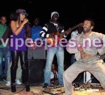 "Viviane Chidid fait danser le ""Naarr"" de Coumba Gawlo Seck"