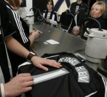 Papis Demba Cissé refuse de porter le nouveau maillot de Newcastle à cause d'un interdit lié à sa religion musulmane