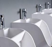 Un urinoir pour encourager les hommes à se laver les mains