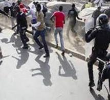 Furie des étudiants de l'université de Thiès : ils ont déversé leur colère dans la rue