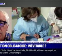 """Gilles Pialoux: """"Il va falloir passer par une obligation vaccinale"""" pour les soignants et les personnels non-médicaux"""