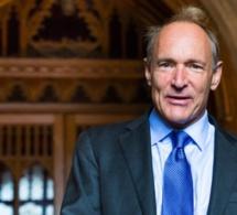 Tim Berners-Lee a vendu le NFT du code source du web pour 4,5 millions d'euros