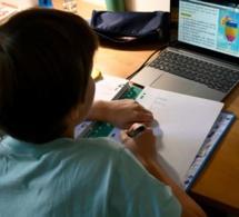 """Covid-19: risque de """"catastrophe générationnelle"""" si les écoles ne rouvrent pas"""