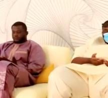 Regardez le fils du président Macky Sall Amadou chez Balla Gaye 2 pour présenter ses condoléances