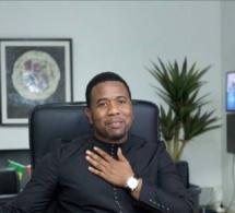 """ANNIVERSAIRE: Le président du mouvement """" GUEUM SA BOOP""""  Bougane Guéye Dani souffle une bougie de plus aujourd'hui 14 octobre."""