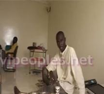Voici le journaliste Khalifa Diakhaté à ses débuts à la télévision
