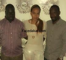 Alors que Samira traite de menteur les journalistes sénégalais, sa meilleure amie elle, pose avec les propriétaires de Facedakar et de Dakaractu