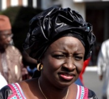 """Mimi Touré  : """"Me Wade menace le jour, mais la nuit, il supplie..."""""""