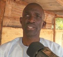 Insolite: Ansoumana Dione rassemble les malades mentaux pour un meeting