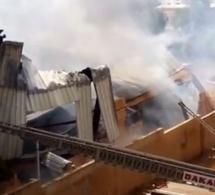 Vidéo- Les images de l'incendie de l'usine de mèche Darling