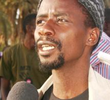 Fou Malada arrêté et auditionné pour avoir dénoncé la corruption de la police