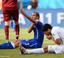 Luis Suarez suspendu 9 matches et banni du football quatre mois pour sa morsure sur Chiellini