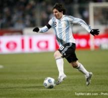 L'Argentine passe en quarts de justesse