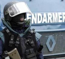 Deux gendarmes arrêtés pour détention de drogue